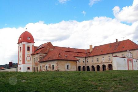 Chateaux for sale in Usti nad Labem Region. Castle - Usti nad Labem Region, Czech Republic