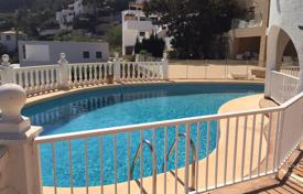 Villas and houses by the sea for rent with swimming pools in Costa Blanca. Comfortable apartments, just 10 minute walk from the beach, Javea, Valencia