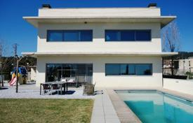 Houses with pools for sale in Tarragona. Modern villa with a plot, pool and parking, Vilanova d'Escornalbu, Spain