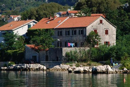 Houses for sale in Kindness. Villa – Kindness, Kotor, Montenegro