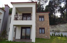 Townhouses to rent in Pallini. Terraced house – Pallini, Administration of Macedonia and Thrace, Greece