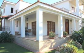 6 bedroom houses for sale in Paphos. Luxury 6 bedroom Villa -Universal