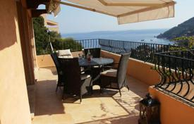 3 bedroom villas and houses by the sea to rent in France. Villa – Theoule-sur-Mer, Côte d'Azur (French Riviera), France
