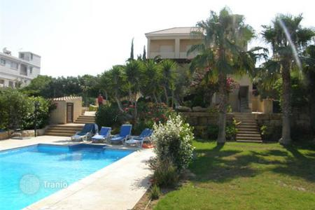 4 bedroom houses by the sea for sale in Germasogeia. Villa - Germasogeia, Limassol, Cyprus