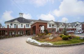 2 bedroom apartments for sale in North America. Two-bedroom condo in the complex 55+ with pool and billiard room, Township of-Washington, New Jersey