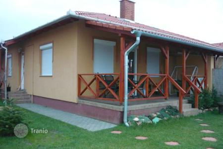 Residential for sale in Pest. Detached house – Üllő, Pest, Hungary