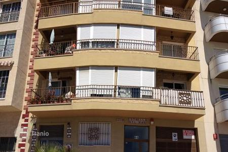 Bank repossessions property in Torrox. Apartment – Torrox, Andalusia, Spain