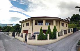 Houses with pools for sale in Slovenia. Townhome – Nova Gorica, Slovenia