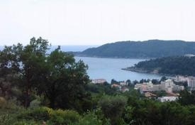 Coastal development land for sale in Budva (city). Two parcels of land next to each other, 400 m² and 356 m². All infrastructure around. Great sea and mountain views. 1km from the sea.
