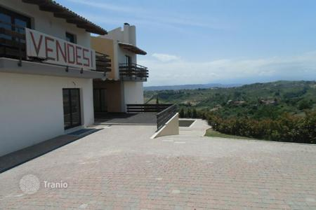 4 bedroom houses for sale in Abruzzo. Property in Montesilvano, Pescara. Italy