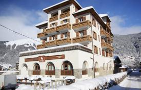 2 bedroom apartments for sale in Haute-Savoie. Duplex apartment with a terrace, in a residence with a parking, close to the center of the resort, Morzine, Alpes, France