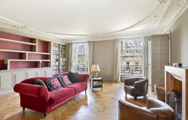 Paris 9th District – A 230 m² family apartment for 2,550,000 €