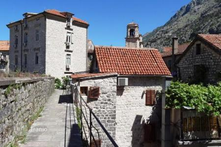 Houses for sale in Montenegro. Large stone house in the old town of Kotor