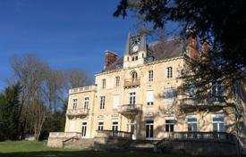 Residential for sale in Franche-Comte. Castle – Franche-Comte, France