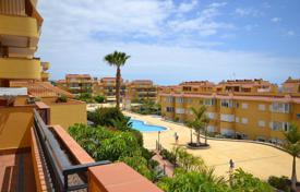 Apartments with pools for sale in Santa Cruz de Tenerife. Apartment – Santa Cruz de Tenerife, Canary Islands, Spain