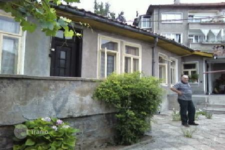 Houses with pools for sale in Bulgaria. Townhome – Veliko Tarnovo (city), Veliko Tarnovo, Bulgaria