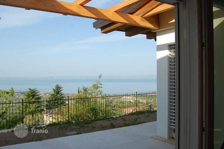 Residential for sale in Garda. Villa – Garda, Veneto, Italy