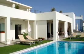 Houses with pools for sale in Canary Islands. Villa – Adeje, Canary Islands, Spain