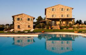 Property for sale in Umbria. Boutique hotel with pool and garden in Umbria