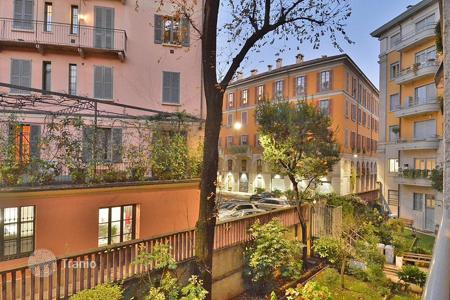 2 bedroom apartments for sale in Milan. Apartment – Milan, Lombardy, Italy
