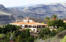 Luxury 5 bedroom houses for sale in Canary Islands. Villa – Canary Islands, Spain
