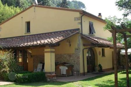 Property for sale in Riparbella. Apartment – Riparbella, Tuscany, Italy