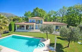 Residential for sale in Tourrettes-sur-Loup. Villa – Tourrettes-sur-Loup, Côte d'Azur (French Riviera), France