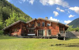 Property for sale in Chamonix. Villa – Chamonix, Auvergne-Rhône-Alpes, France