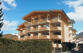 3 bedroom apartments for sale in Auvergne-Rhône-Alpes. Spacious penthouse with a balcony, in a new residence with a swimming pool, next to the ski slopes, Megeve, Alpes, France
