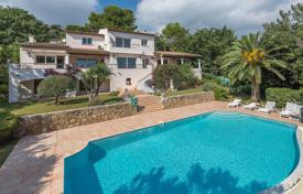 Close to Saint-Paul de Vence - Wonderfull sea and village views for 2,125,000 €