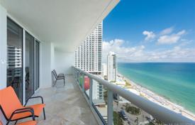 Three-bedroom bright apartment with panoramic ocean views in Hallandale Beach, Florida, USA for $820,000