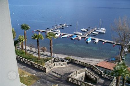 1 bedroom apartments by the sea for sale in Maggiore (Italy). Apartment – Ghiffa, Piedmont, Italy