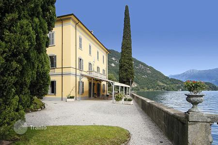Villas and houses to rent in Italian Lakes. Villa Liberta