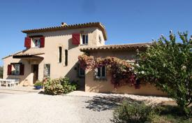 Comfortable villa with seven rooms, in a quiet area, Vallauris, France for 1,800,000 €