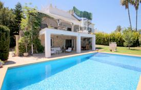 4 bedroom villas and houses to rent in Costa Blanca. Chalet – Alicante, Valencia, Spain
