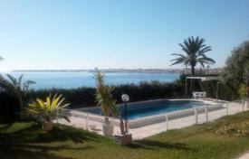 Luxury residential for sale in Costa Blanca. 1st line villa