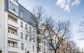Property for sale in Charlottenburg. One-bedroom apartment in a historic building near the Charlottenburg Palace, Berlin
