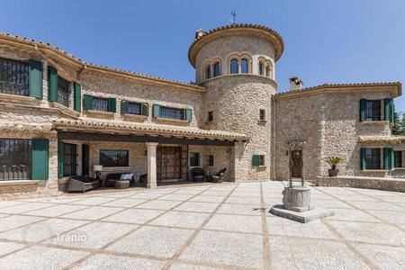 Luxury residential for sale in Balearic Islands. Luxurious country villa with landscaped gardens, swimming pool and views of the sea and the mountains, Pollensa, Mallorca, Spain
