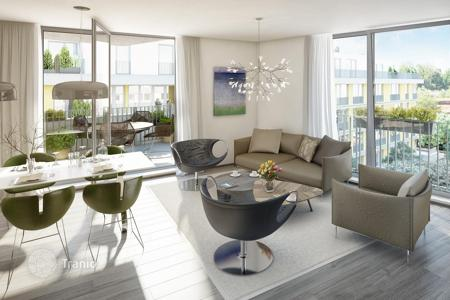 New homes for sale in Prague. Modern apartment in a new residential complex, 10 minutes from the city center, picturesque boulevards, in the developing area of Prague 3