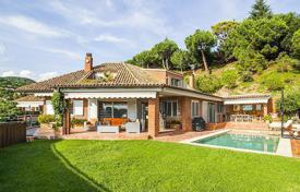 Property for sale in Costa del Maresme. Luxurious villa in Sant Andreu de Llavaneres, Barcelona Coast