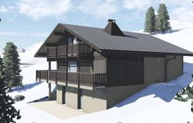 4 bedroom houses for sale in Auvergne-Rhône-Alpes. New three-storey chalet with a terrace, in the historic resort town, next to the ski slopes, Saint-Gervais-les-Bains, France