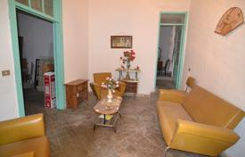 Cheap houses for sale in Canary Islands. Old house in Aguimes