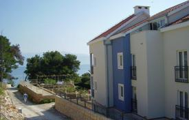 Cheap residential for sale in Brač. Apartment in Sutivan