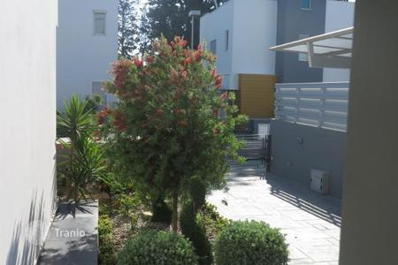 Townhouses for sale in Chloraka. Terraced house – Chloraka, Paphos, Cyprus