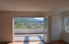 2 bedroom apartments for sale in Dubrovnik Neretva County. Spacious apartment with a terrace and a parking, Dubrovnik, Croatia