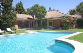 Luxury houses for sale in Murcia. Charming villa with a large plot near the beach in San Pedro, Andalusia, Spain