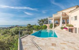 Houses for sale in Cagnes-sur-Mer. Close to Saint-Paul de Vence — Majestuous residence with panoramic sea view