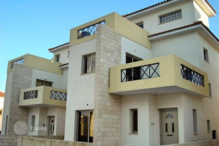 Houses for sale in Ormideia. Four Bedroom Link Detached House