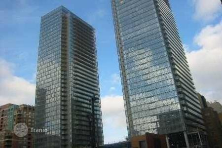 Property for sale in Canada. Bright apartment in Toronto