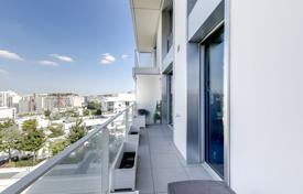 Property for sale in Boulogne-Billancourt. Boulogne – An over 60 m² loft-style apartment